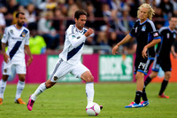SOCCER: OCT 21 MLS - Galaxy at Earthquakes